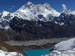View of Gokyo Lake & Mt Everest 8848 m